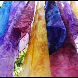 Pañuelos de seda natural pintados a mano 45x45 cm (8 €) & 28x28 cm (5 €)